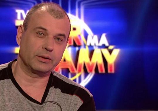 Petr Rychlý výjimečně převléknutý za Petra Rychlého.