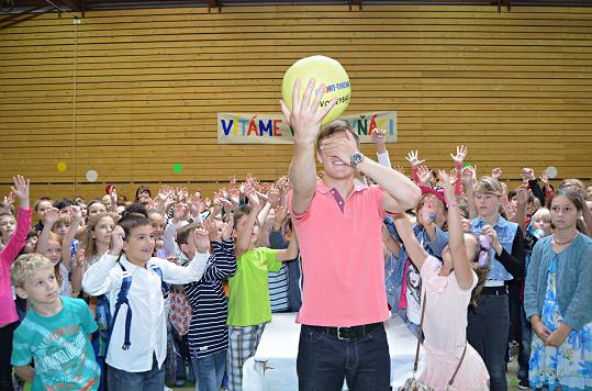 Házel míčem a úspěšné chytače ocenil dárky.
