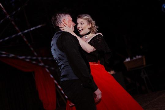 V plzeňském představení Cyrano jako Roxana s Michalem Dlouhým v hlavní roli.