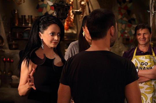 V seriálu Mazalové ji uvidíme jako výsledek kouzelné proměny Růženy Mazalové (Mahulena Bočanová).