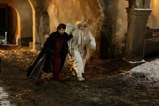 V pohádce Anděl Páně 2 jako anděl Petronel s čertem Uriášem musel být hbitý jako lasička.