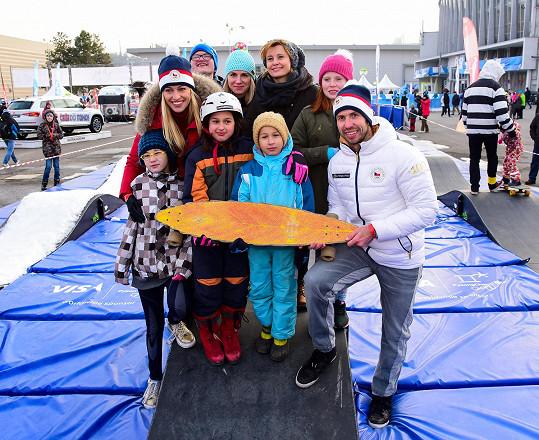 Do olympijského parku vyrazila Schneiderová, Langmannová a Štěpánek s opuštěnými dětmi díky projektu Teribear Terezy Maxové.