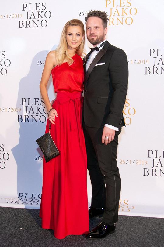 Sandra Parmová s přítelem Pavlem na Plese jako Brno