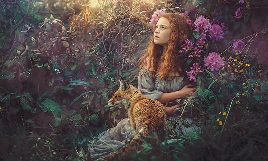 Fotky Jany Pechlátové mají úžasnou poetiku.