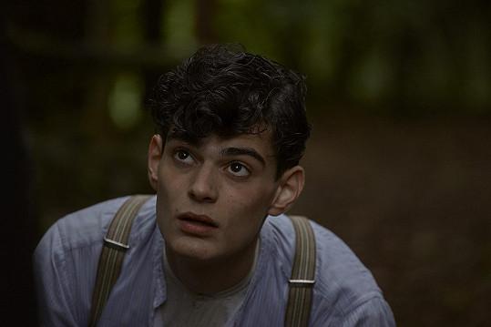 Pepa hrál ve filmu krátce po dovršení plnoletosti.
