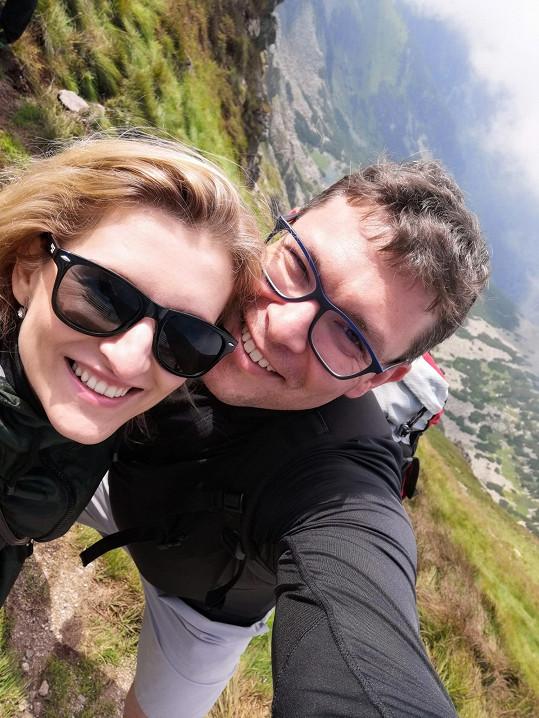 Lenka s Tomášem na selfie z dovolené