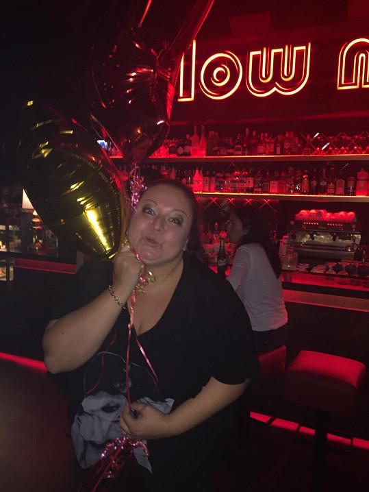 Dostala i nafukovací balónky.