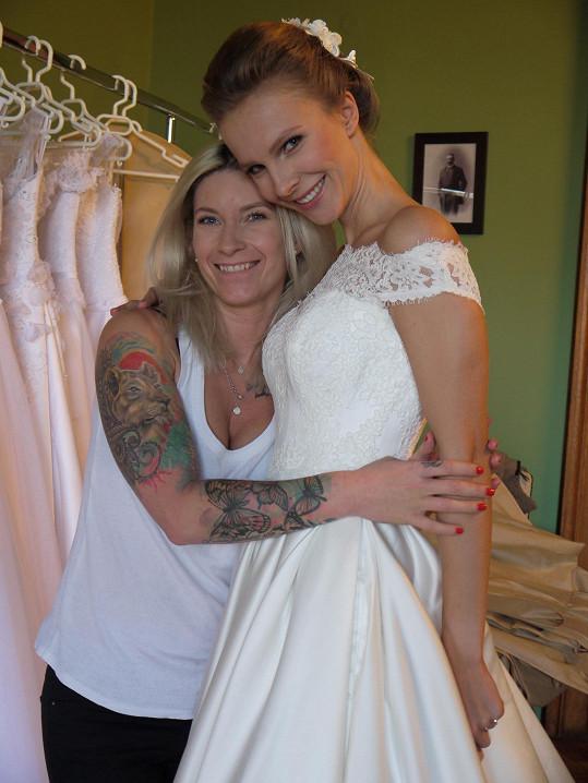 Tereza se opět stala tváří svatebního salonu.