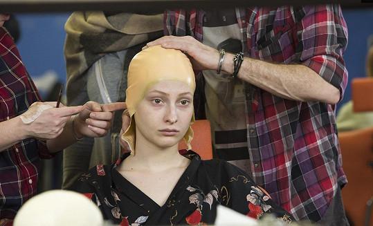 Anna Fialová na začátku líčení.