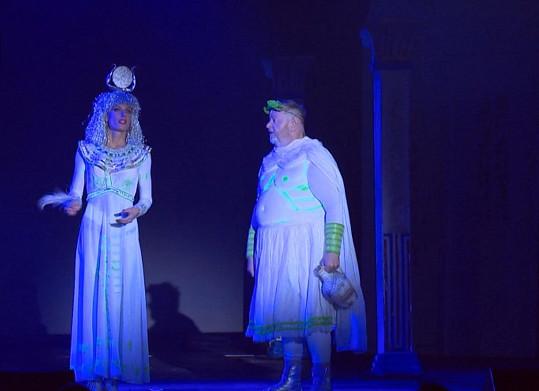 V Divadle Broadway exceluje s Kristinou Kloubkovou v muzikálu Kleopatra.