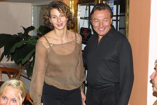 Ivana Gottová, tehdy ještě Macháčková, a Karel Gott v roce 2002