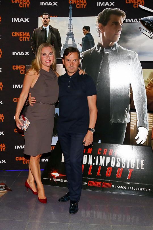 Karla Mráčková s manželem Josefem na filmové premiéře