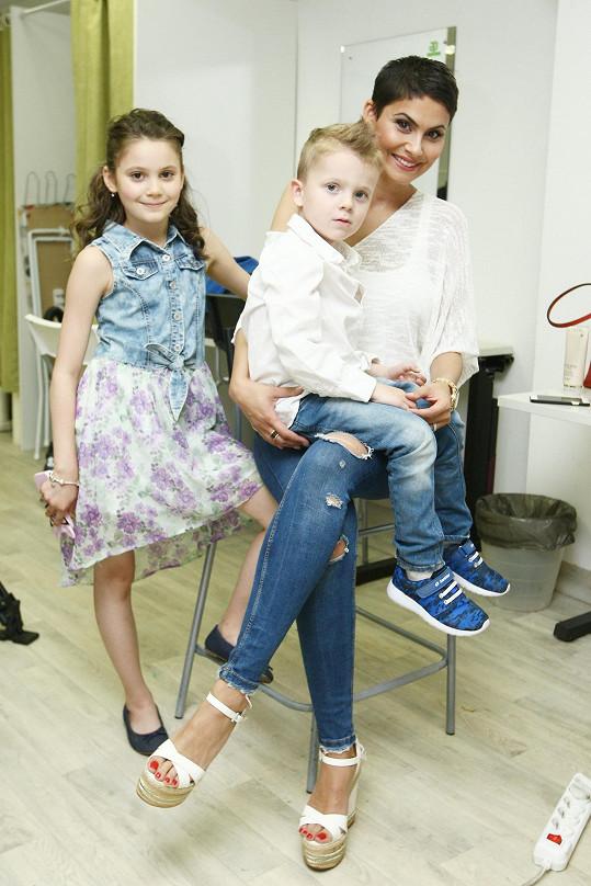 Vlaďka Erbová se synem Markusem a dcerou Viktorkou
