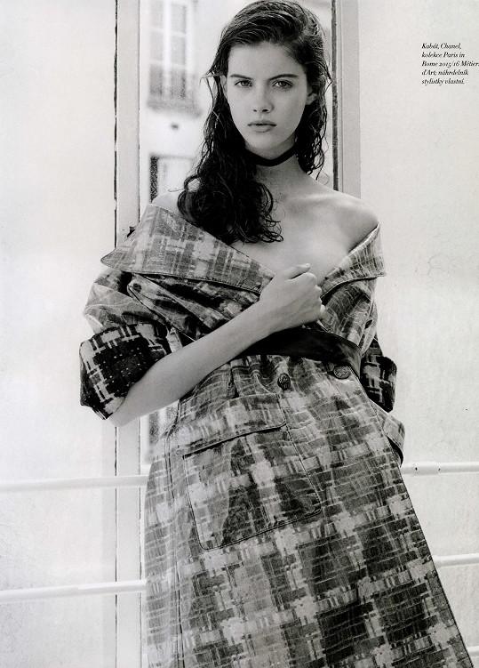 Podzimková v modelu Chanel