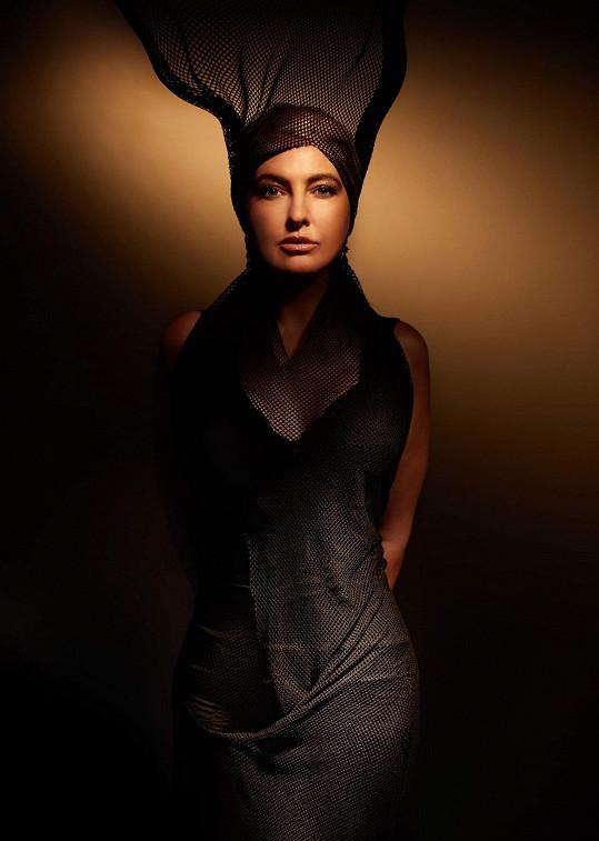 Bára v kalendáři připomíná královnu černé magie Zlobu.