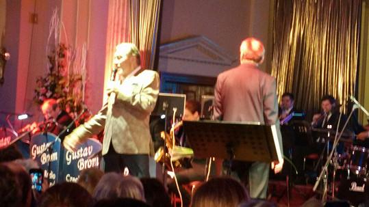 Karel Gott vystoupil na plese na Žofíně.