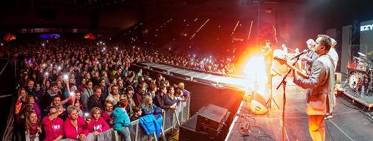 Kapela EzyWay musela zrušit už dva koncerty.