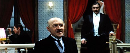 František Filipovský jako hotelový detektiv Mrázek