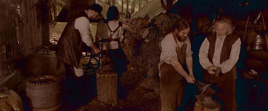 Gott si zahrál v pohádce dědu kováře.