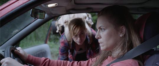 Režisérka Kristina Nedvědová se při tvorbě filmu Sněží! inspirovala jejím milostným příběhem.