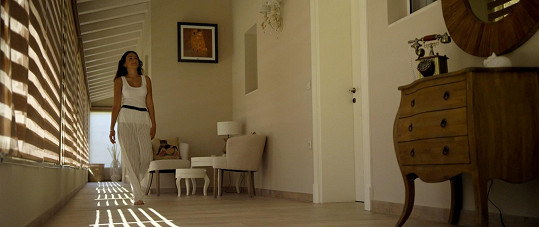 Stříbrná SuperStar točila svůj první klip v luxusní vile na Korfu.