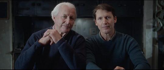 James Blunt se videem loučí se svým otcem.