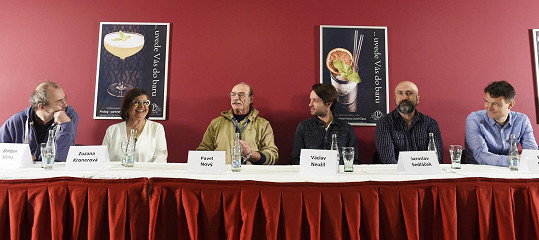 Na tiskové konferenci k filmu