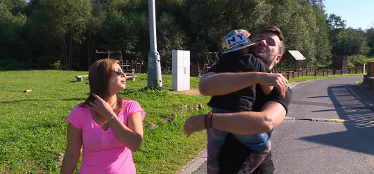 Marek Ztracený se synem natáčeli první reportáž.