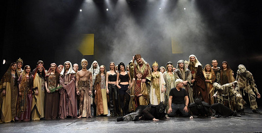 Kostýmy muzikálu Sibyla jsou nádherné.