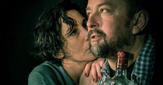 V Ungeltu hraje Kristýna Frejová ve hře Jak zabít komika.