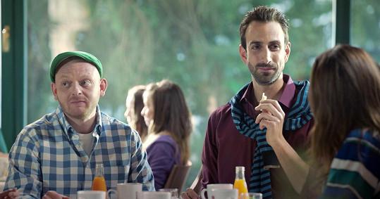 Role gayů dostává od filmu Všechno nebo nic.