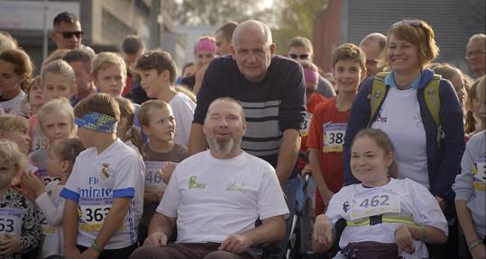 Reality show ho zavedla do Ostravy, kde pracoval jako dobrovolník v charitativních organizacích Mens Sana.