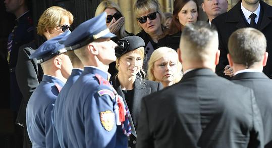 Ivana Gottová se loučí s manželem.