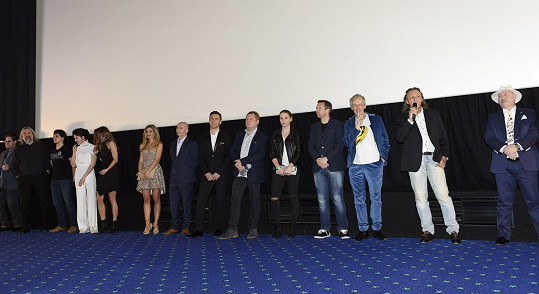 Filmová delegace před promítáním