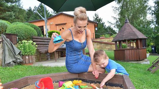 Hanka s Andreasem si užili poslední letní dny u jejích rodičů.