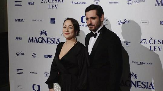 Vojta Kotek s Valerií Rónovou, dcerou sochaře Jaroslava Róny