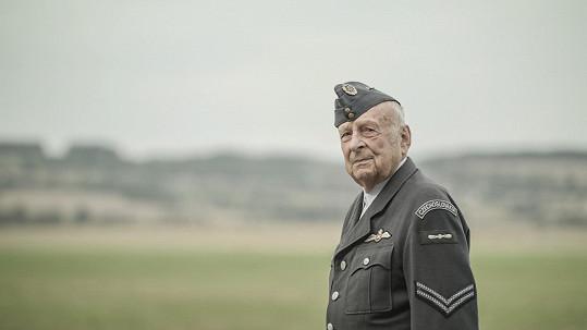 Stanislav Zindulka ve svém posledním filmu Narušitel (2019)