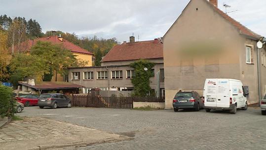 Lucie Bílá koupila kulturák v Otvovicích.