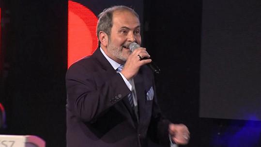 Hudebník a moderátor Vratislav Měchura byl jednou z hlavních tváří stanice Šlágr TV.