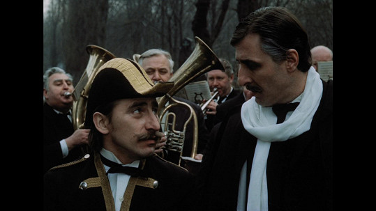 Karel Heřmánek obdařil svého hrdinu nonšalancí žižkovského světáka. Na snímku s Pavlem Zedníčkem (vlevo)