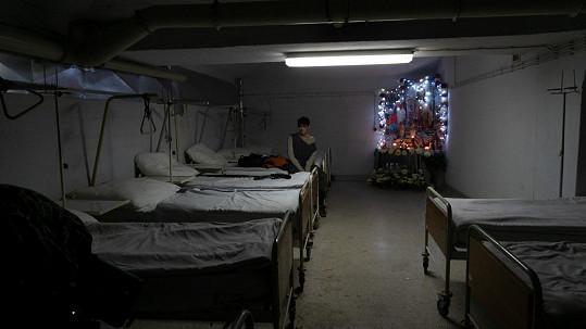 Skvrna se mimo jiné natáčela v prostorách Thomayerovy nemocnice v Praze.