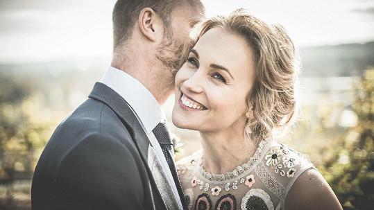 Exkluzivní fotka ze svatby Vlastiny Svátkové a Jiřího Kounického