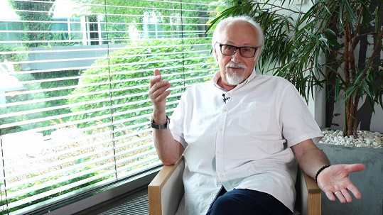 Po více než 20 letech promluvil o natáčení.