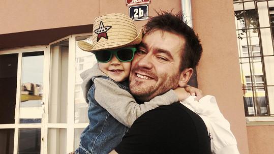 Marek Ztracený je nadšený otec.