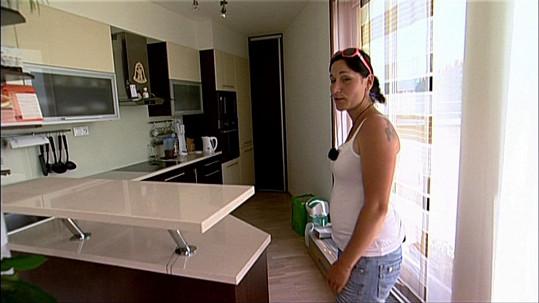 To i Kristýna - z velikosti bytu.