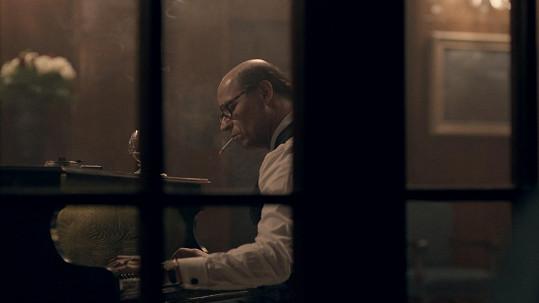 Film ukazuje i stinné lidské stránky Jana Masaryka.