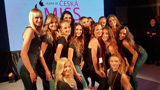Finalistky České Miss chce vedení připravit na svět modelingu.