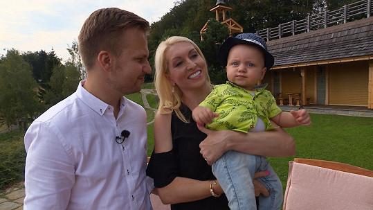 Martin s partnerkou Ivonou a synem, který se narodil 1.1.2016.