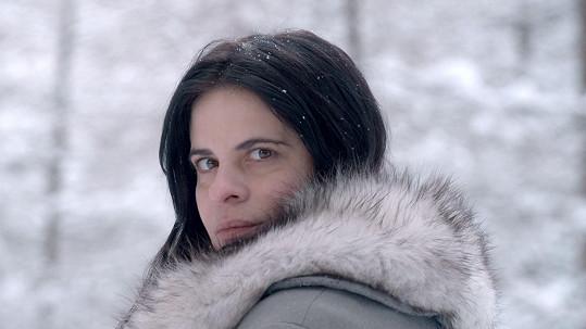 Milenku hlavní postavy hraje Zuzana Fialová.