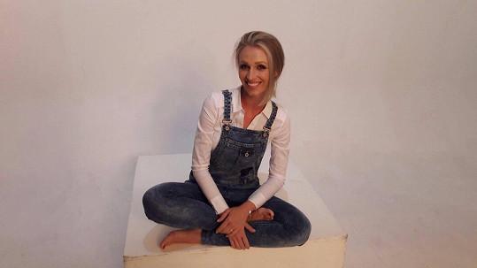 Veronika velkou část dětství prožila v dětském domově.